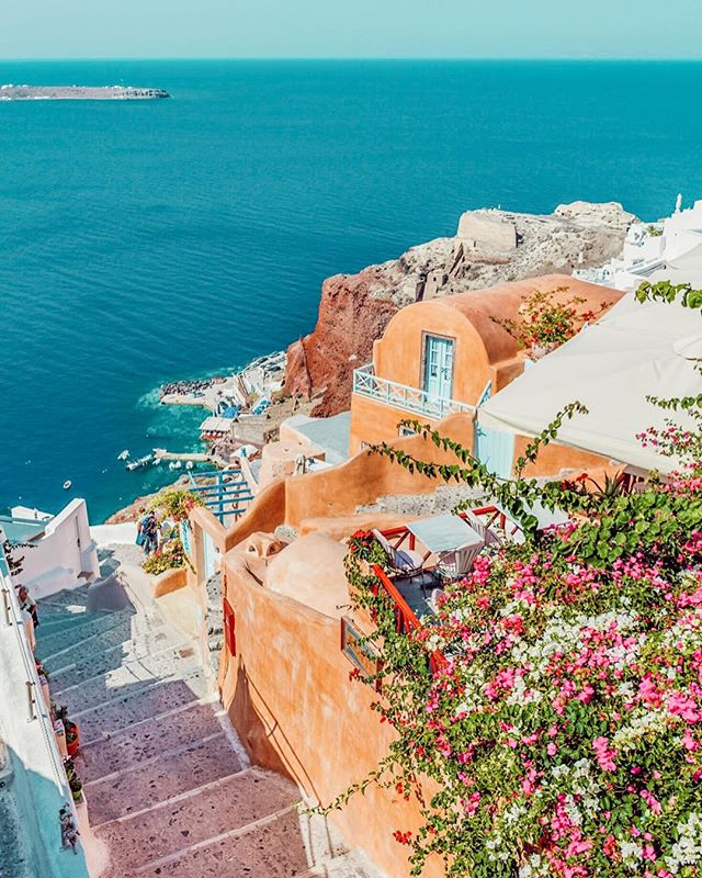 2019 is here! Where is this year taking you? #eotours #travel #newyear #greece