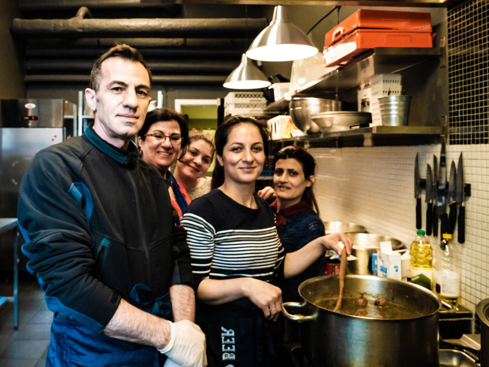 Omar's job training in Trampoline House consists of kitchen work, Danish class and other activities. Photo: Kajsa Böttcher Messell