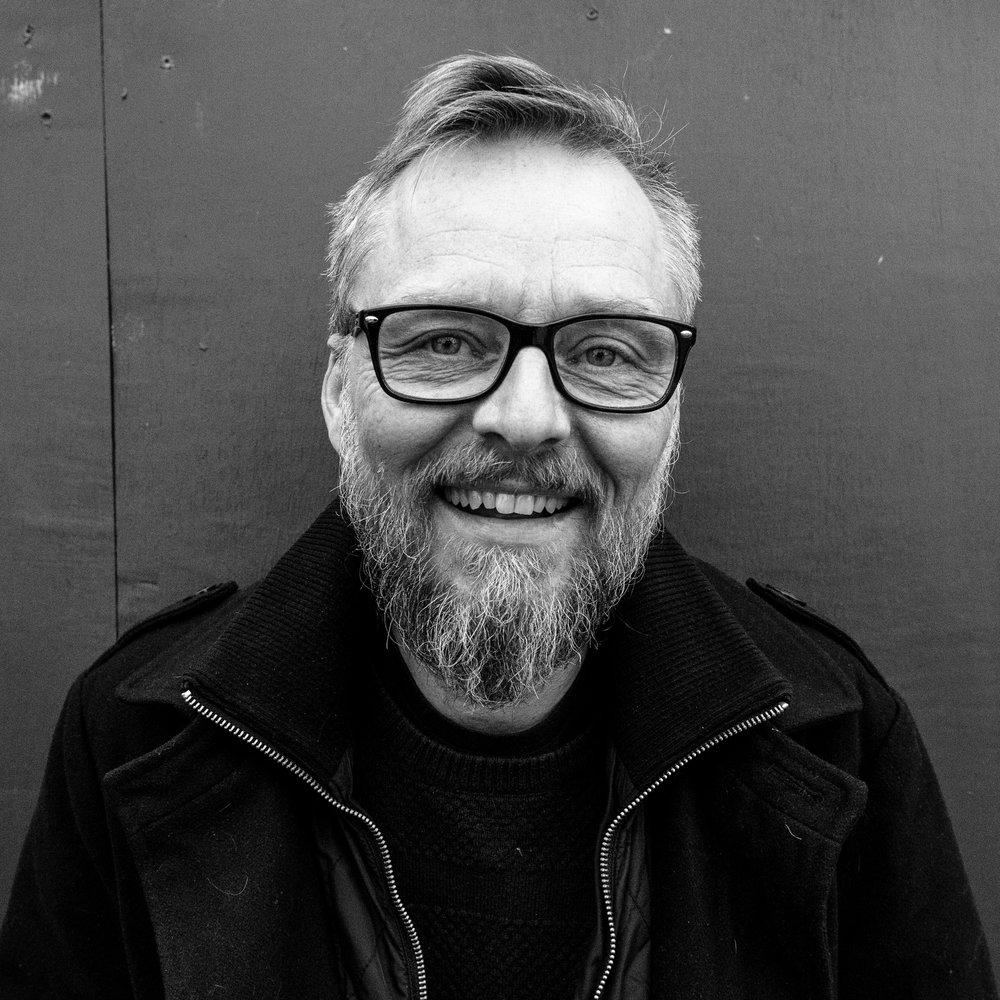 Morten Goll  Adm. direktør (+45) 30 91 00 50  mortengoll @trampolinehouse.dk