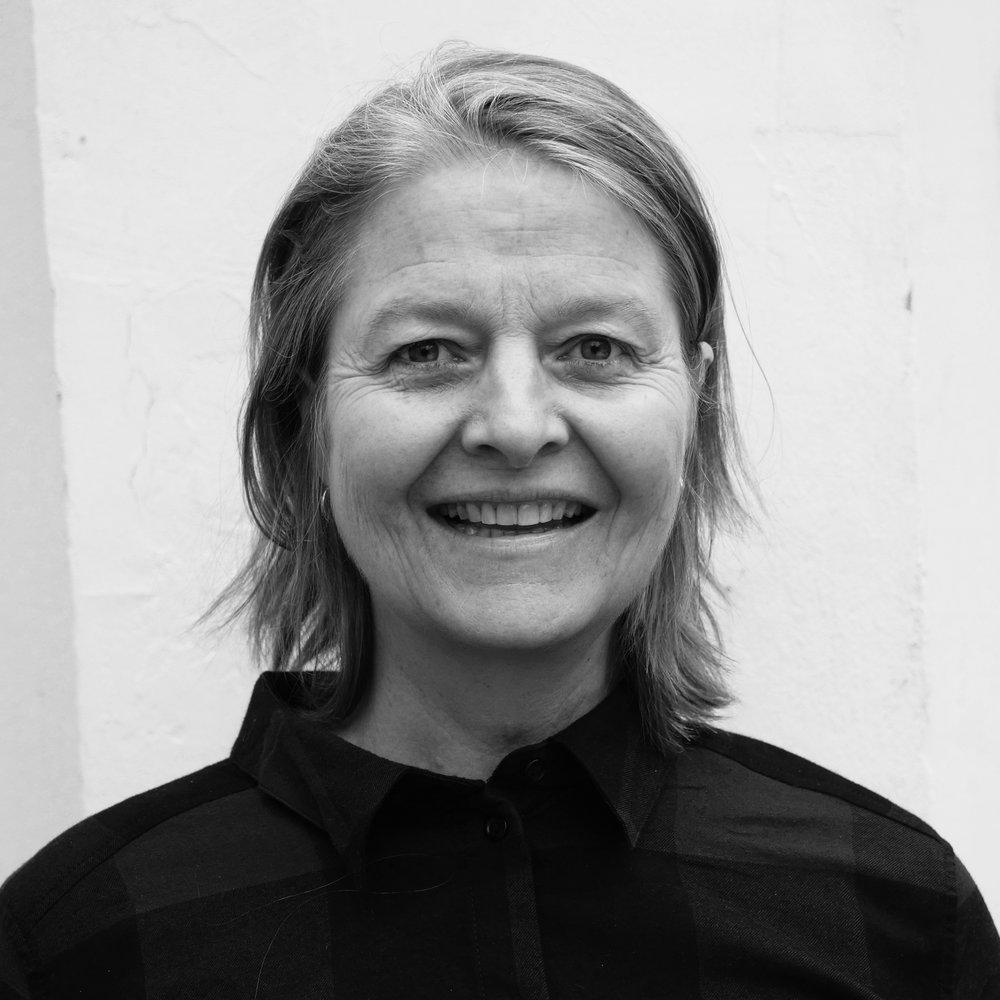Bodil Trier  Fundraisingkoordinator (+45) 26 19 91 66  bodil @trampolinehouse.dk