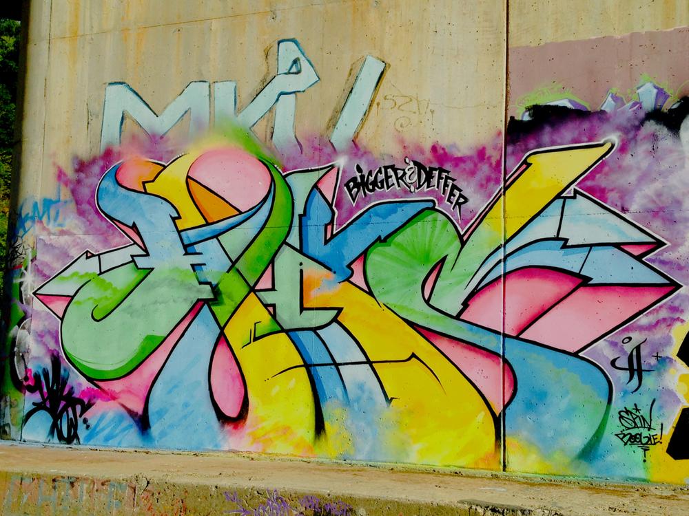 walls_05.jpg