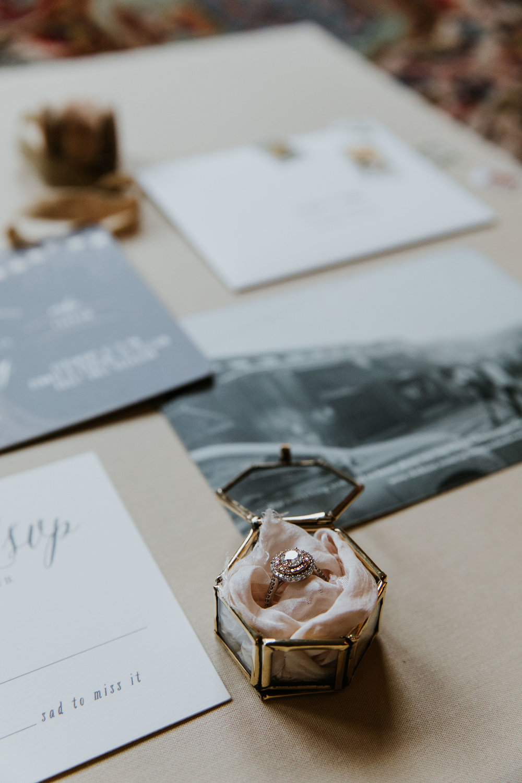 Legare-Waring-House-Charleston-SC-wedding-portrait-photography-37.jpg