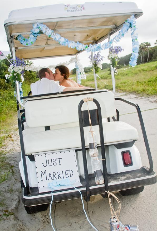 charleston weddings, morris island weddings, morris island lighthouse, south carolina weddings, golf cart getaway