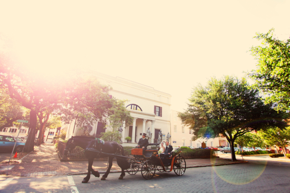 savannh wedding from stay forever photography, bride in horse and carriage on the way to ceremony, hilton head weddings