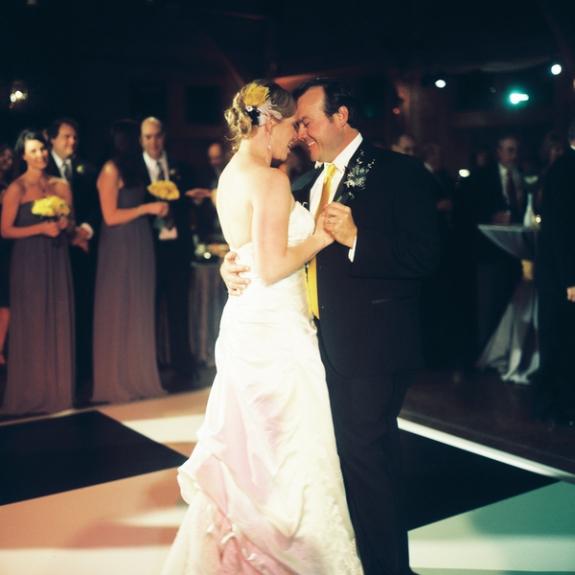 charleston-wedding-first-dance