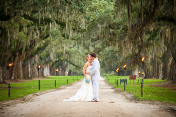 charleston weddings at boone hall plantation cotton dock via corey potter photography