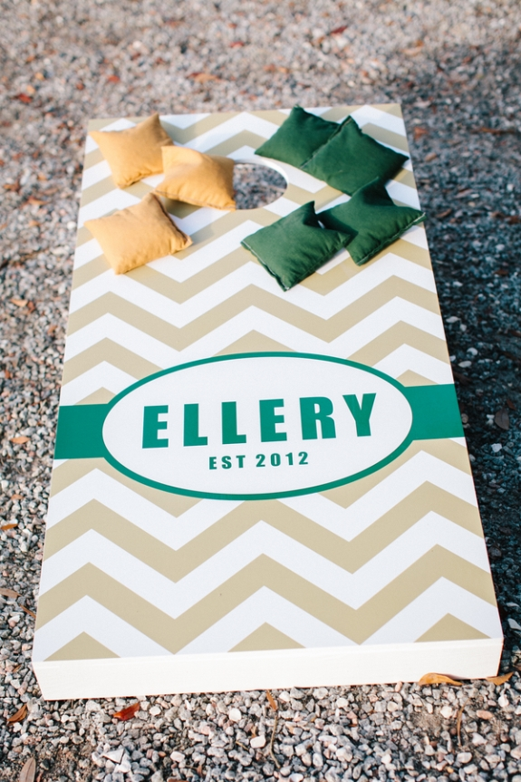 charleston wedding customize cornhole board