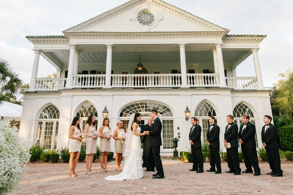 charleston outdoor wedding ceremony at lowndes grove
