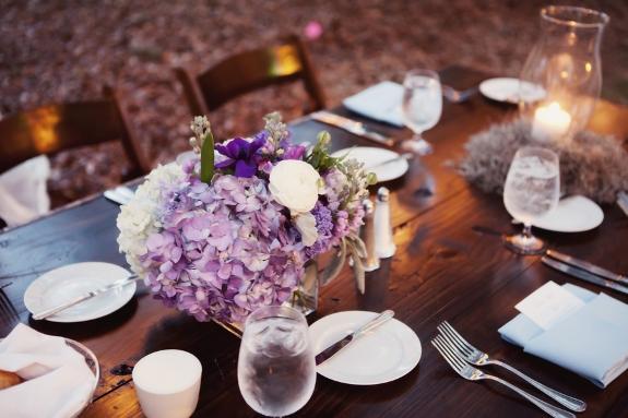 purprle-wedding-centerpieces