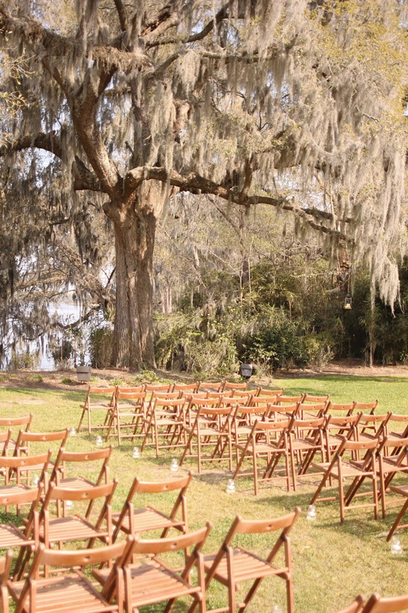 outdoor wedding ceremony in charleston, south carolilna at magnolia plantation and gardens