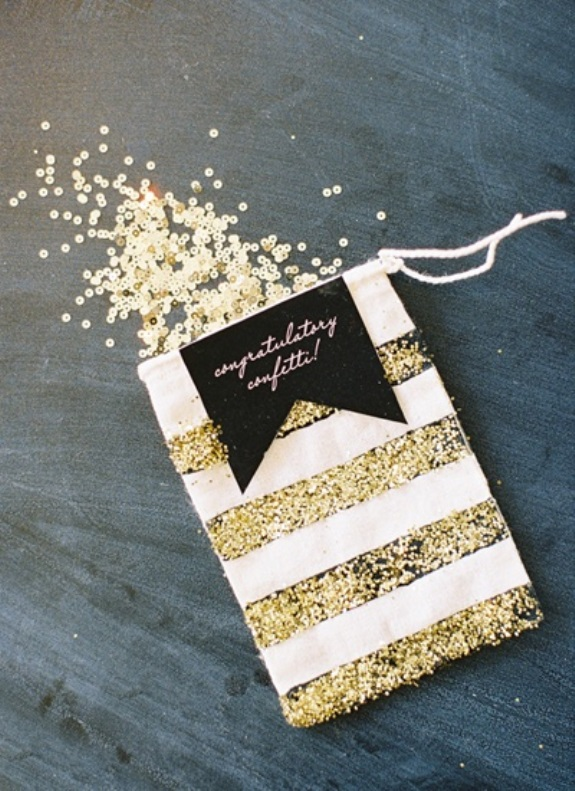 gold glitter conffetti wedding