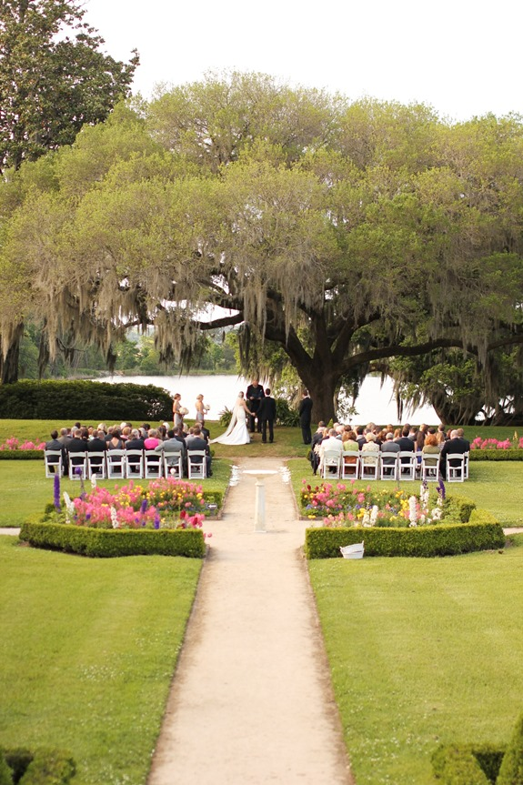 charleston wedding ceremony at middleton place