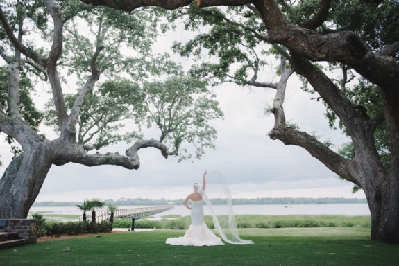 lowndes grove plantation wedding portraits in charleston, sc