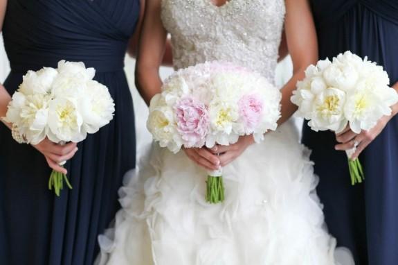 peony-wedding-bouquets