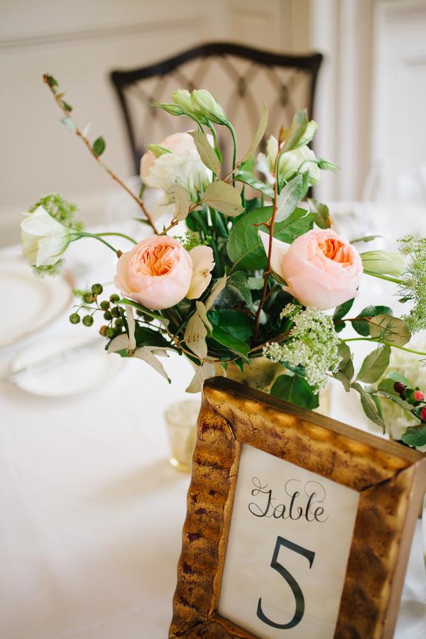 Peach Garden rose centerpiece