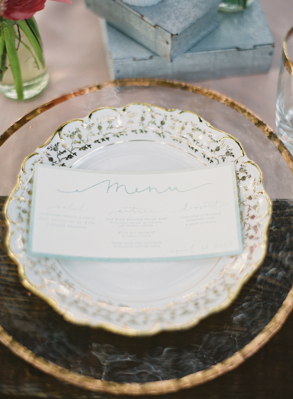 edisto-wedding-place-settings.jpg