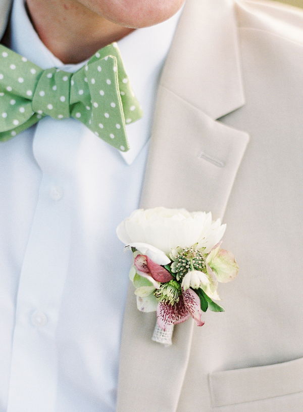 green-white-polka-dot-bow-tie.jpg