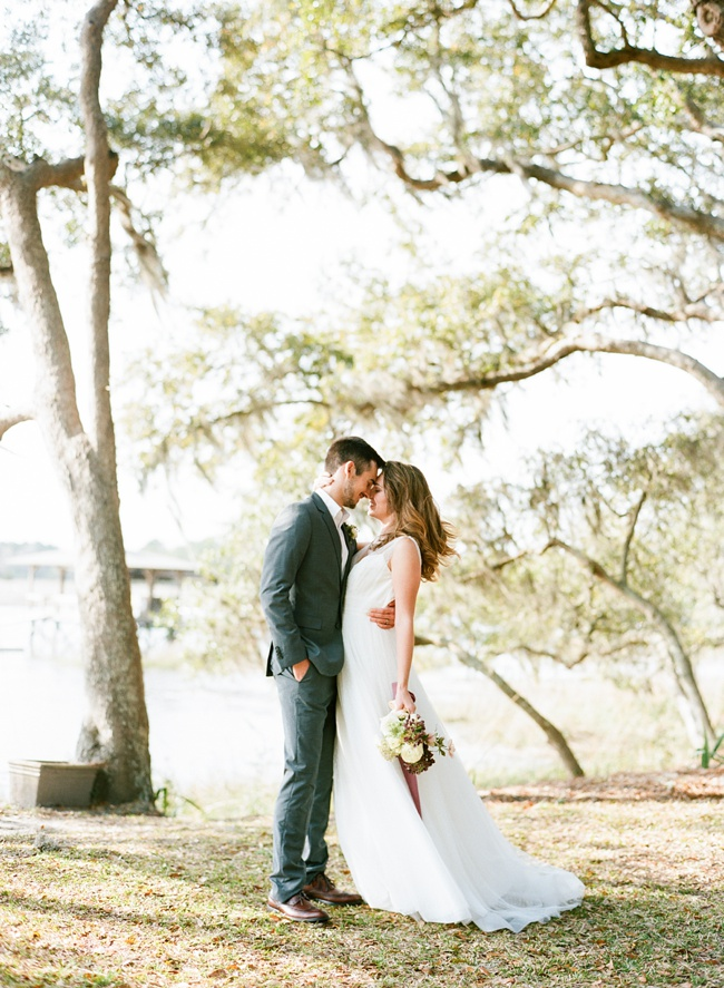 Lowcountry wedding styling at RiverOaks in Charleston, SC by Faith Teasley Photography