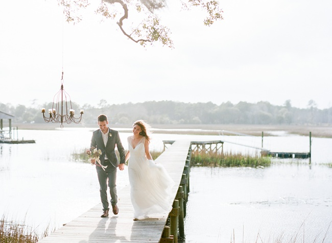 Lowcountry wedding styling at RiverOaks