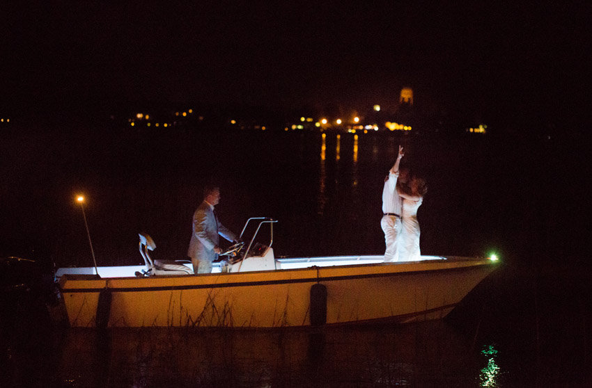 Boat getaway at Beaufort wedding by Jessica Roberts Photography