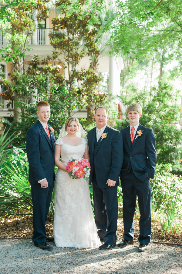 Charleston wedding at Creek Club at I'On by Alyona Photography