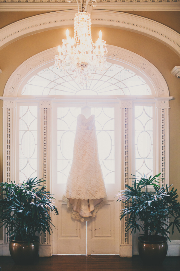 Charleston Wedding Dress at Thomas Bennett House by Hyer Images