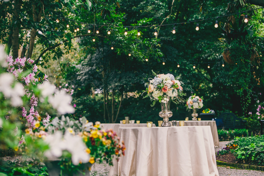 Charleston wedding decor at Thomas Bennett House by Mingle