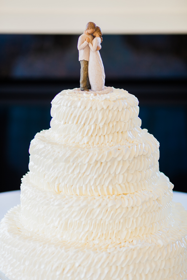 White Charleston wedding cake by Judy Nunez Photography