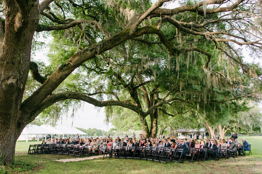 Charleston wedding ceremony at Boone Hall Plantation by Riverland Studios