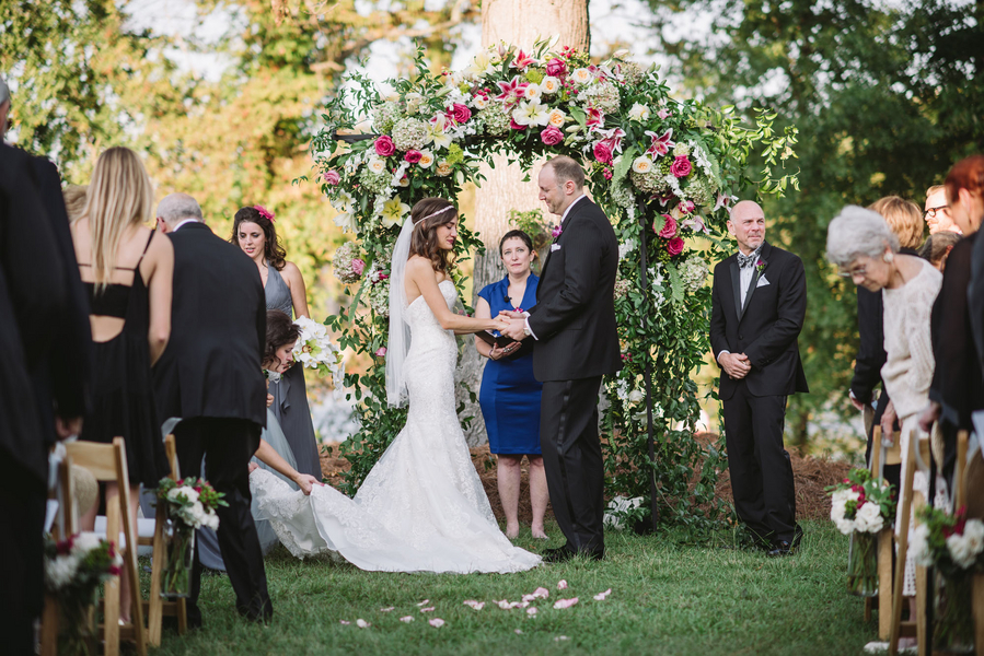 Stone River Wedding ceremony in Columbia SC by Joshua Aaron Photography