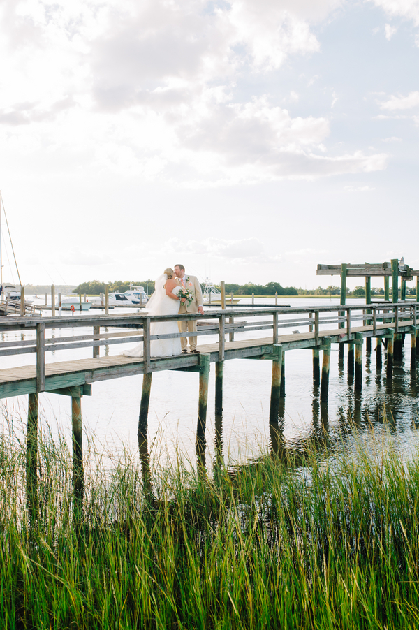 Charleston Island house wedding by Riverland Studios