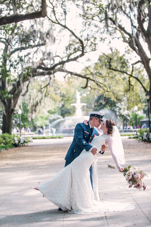Savannah Forsyth Park Wedding by Alexis Sweet Photography