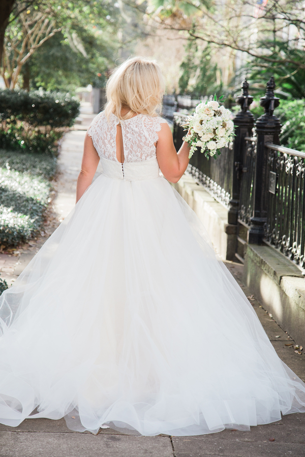 Downtown Savannah, Georgia wedding portraits by Kasie Tanner Photography