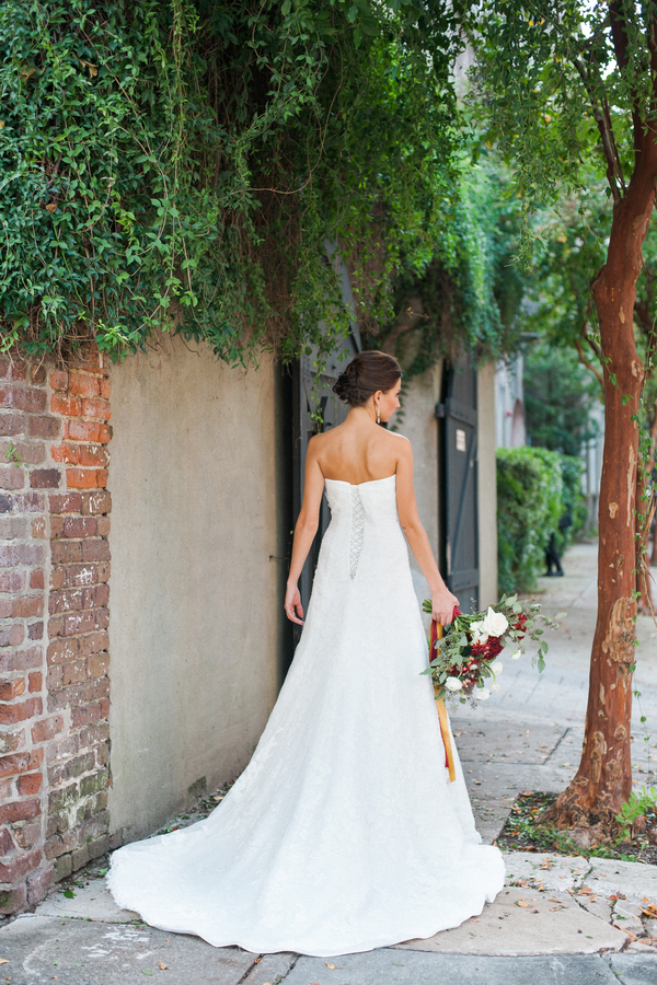 Historic Charleston Styled Bridal Shoot by Alyona Photography
