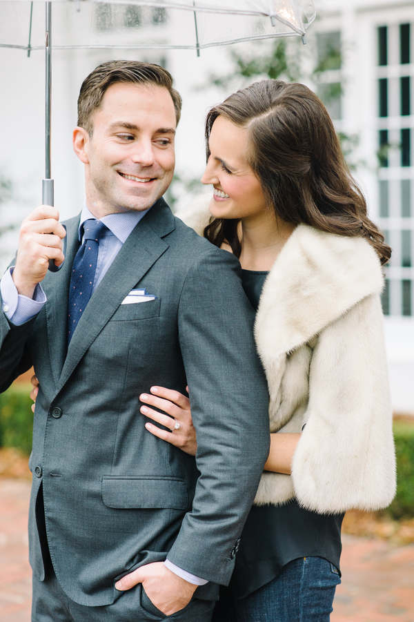 Rainy Lowndes Grove Plantation Engagement in Charleston, SC by Aaron and Jillian Photography