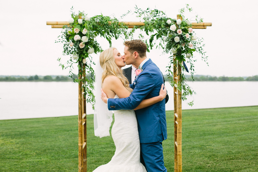 Charleston wedding at The Island House by Riverland Studios