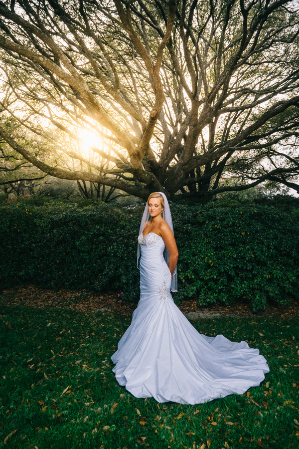 Myrtle Beach Wedding Portraits at Surf Golf & Beach Club by Jarrett Hucks Photography on A Lowcountry Wedding Blog & Magazine