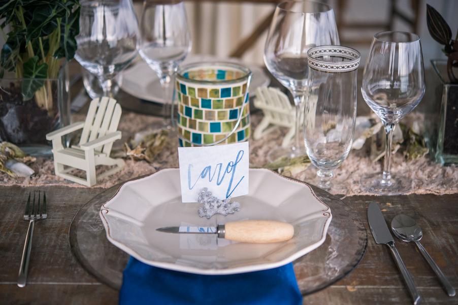 Ocean themed wedding inspiration at The South Carolina Aquarium by Charleston photography Molly Joseph Photography