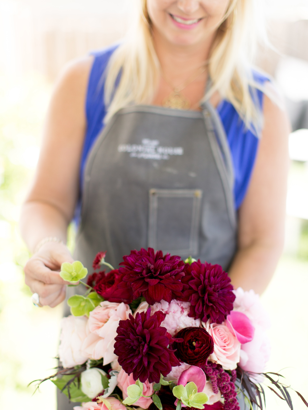 DIY Easy Bouquet Delivery by Savannah, GA florist Colonial House of Flowers and The Happy Bloom