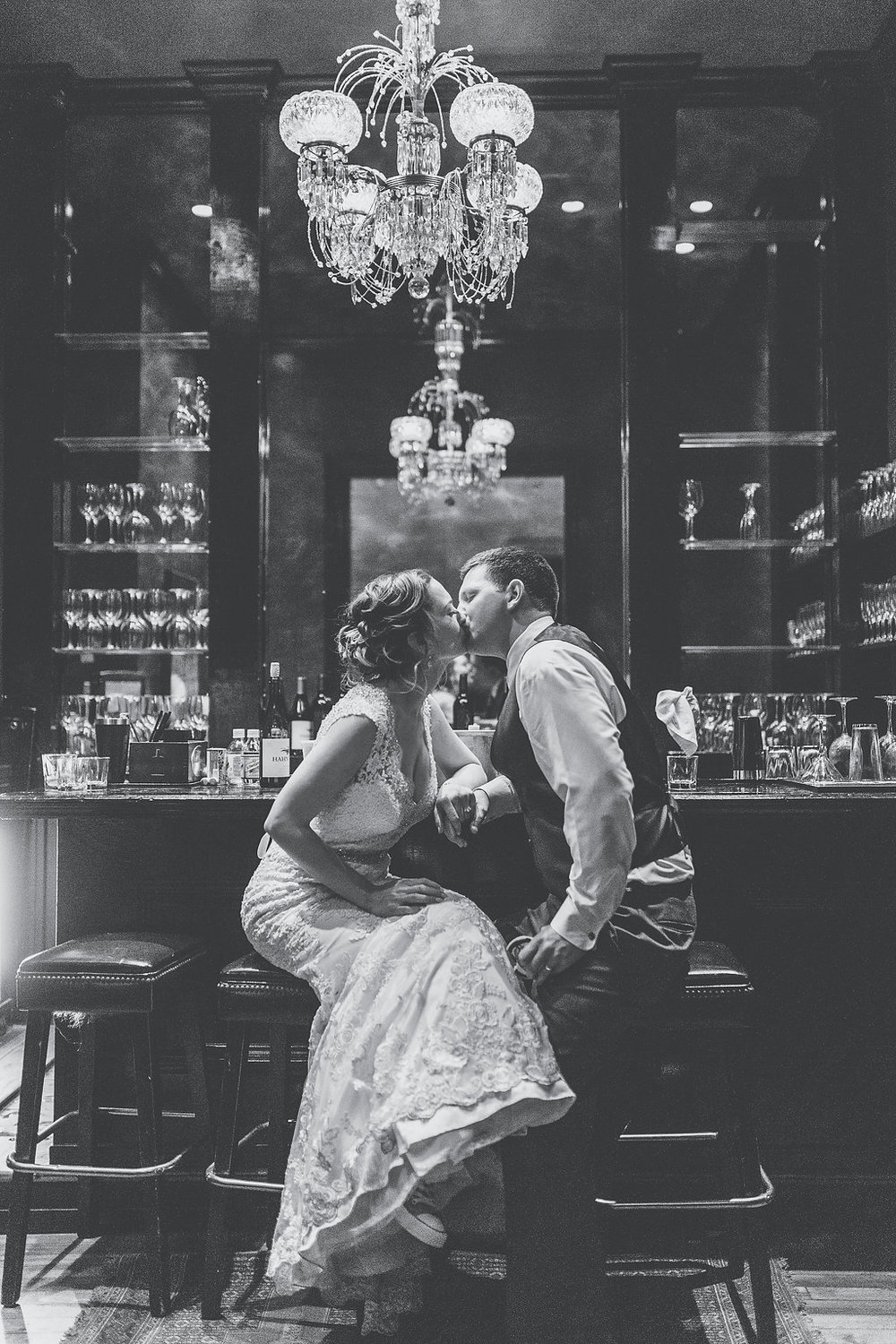 Katie + Ryan's Savannah GA wedding under the chandelier