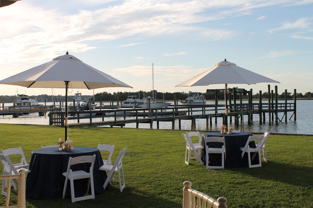 Outdoor Lowcountry wedding reception designed by Engaging Events in Charleston, SC
