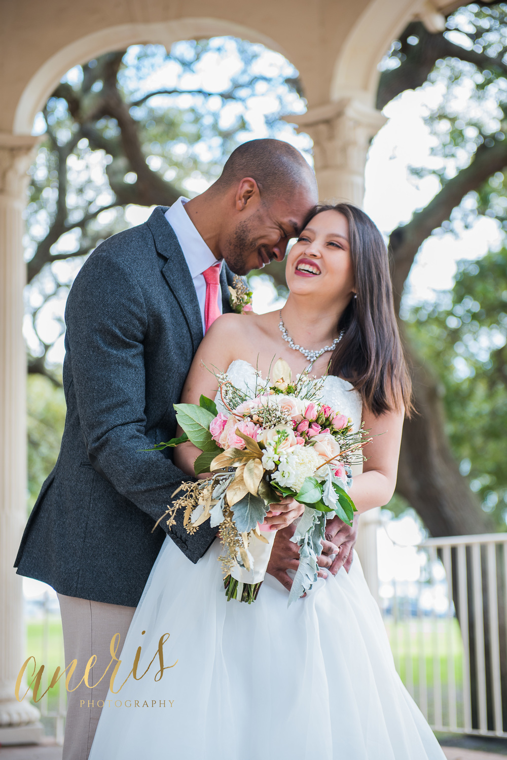 White Point Gardens wedding elopement in Charleston, SC by Aneris Photography