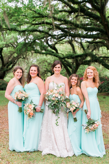 Mint bridesmaids dresses by Jessi Nichols Photography.