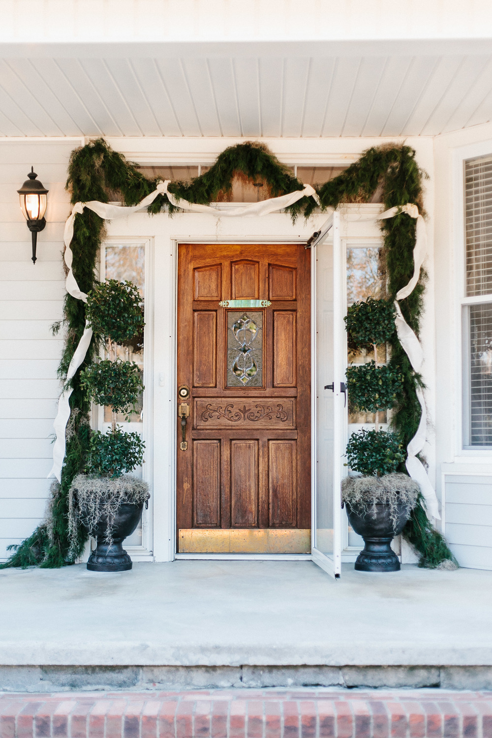 Winter wedding greenery in Stillmore, GA by Mark Williams Studio