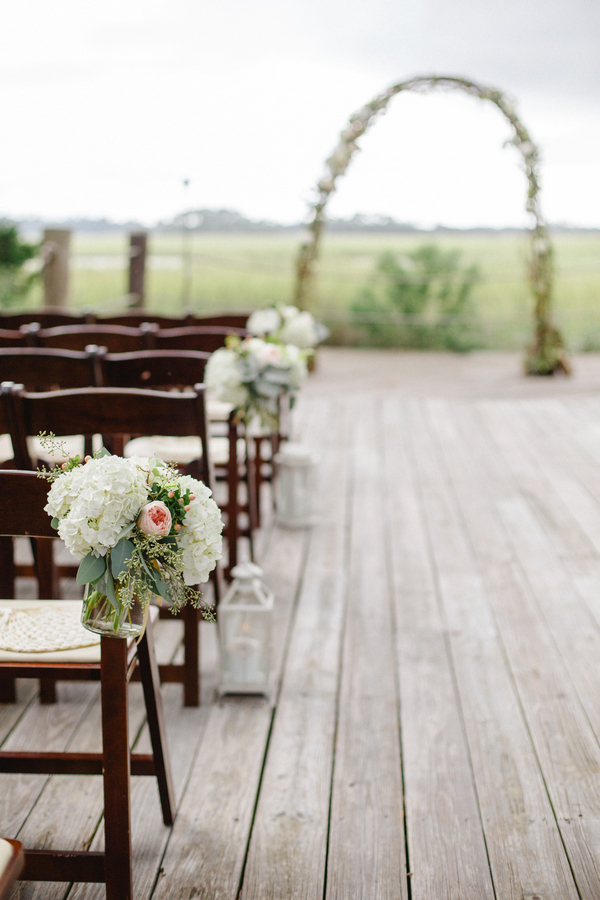 Outdoor wedding ceremony at Kiawah Island's Mingo Point by Cruz Coordination