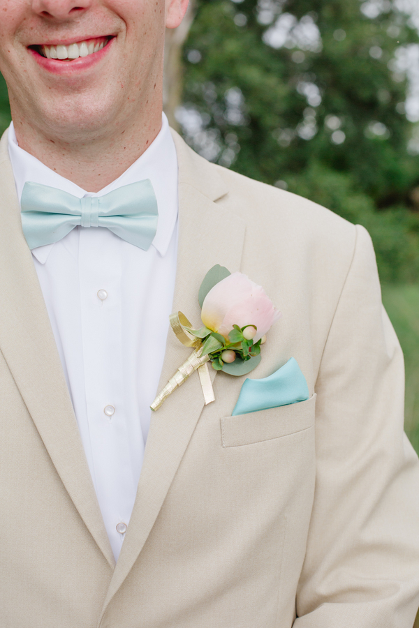 Lowcountry wedding boutonniere by Anna Bella Florals