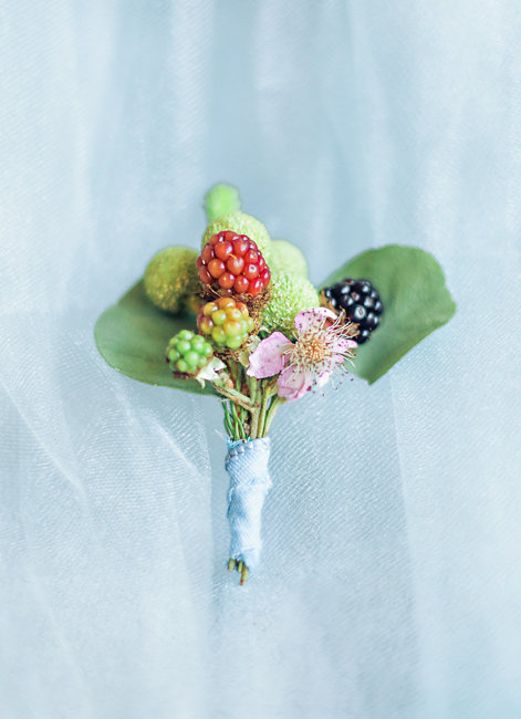 Berry boutonniere at Portland Oregon wedding elopement by Corina Silva