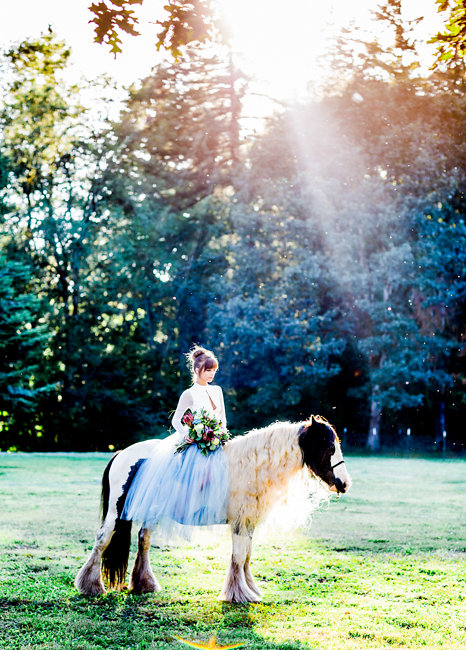 Rustic Bohemian Elopement in Portland, OregonRustic Bohemian Elopement on the farm in Portland, Oregon