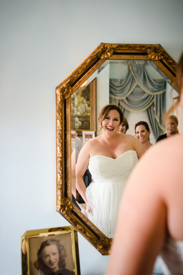 Bride prepping for her Savannah, Georgia wedding