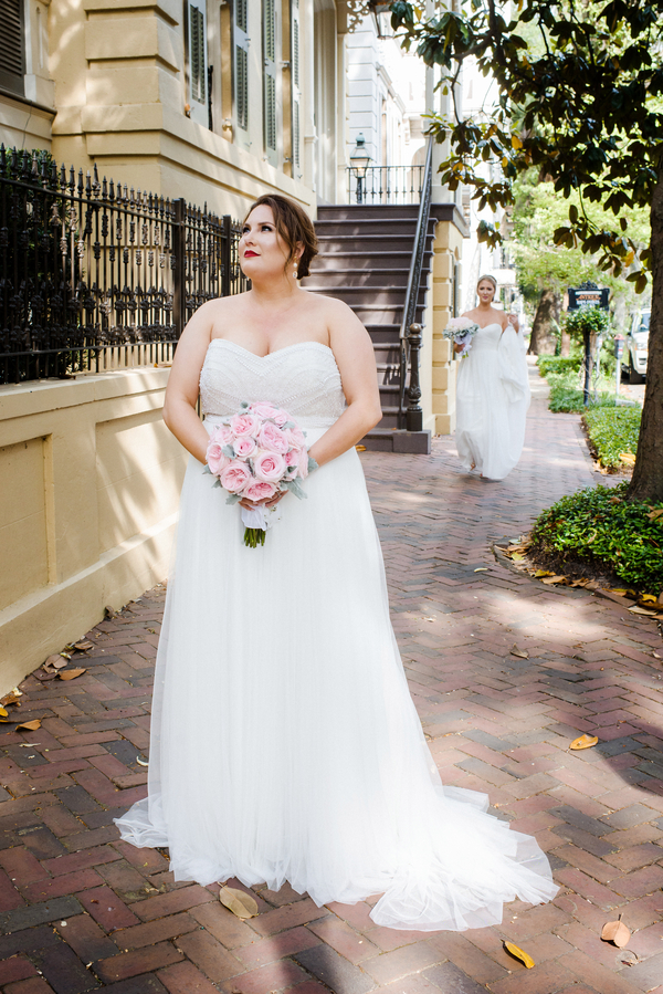 First look at Savannah, Georgia wedding